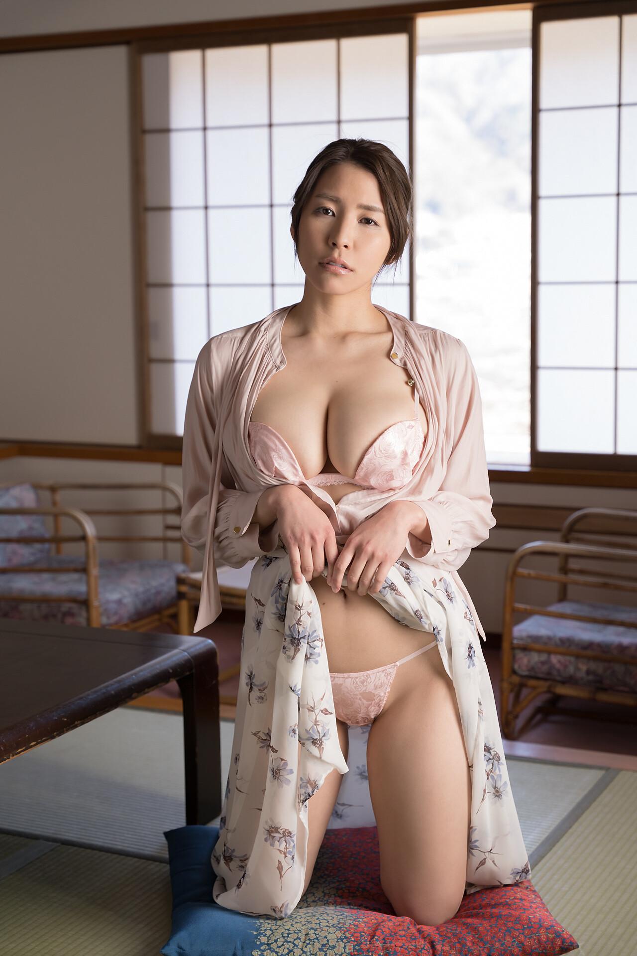 夏来唯 Yui Natsuki -2.jpg